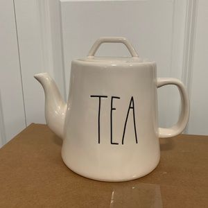 PRICE FIRM new Rae dunn tea pot